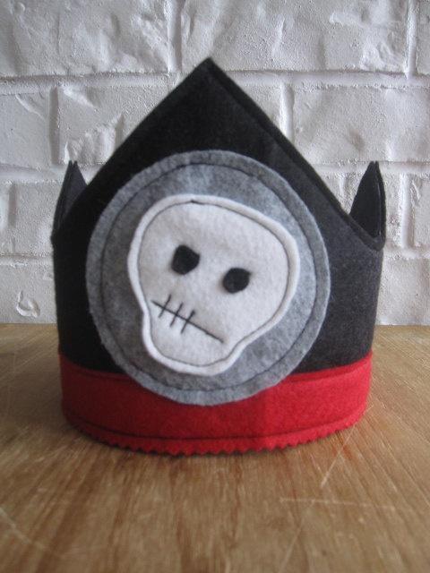 Felt Pirate crown by littlebitdesignshop on Etsy, $26.00