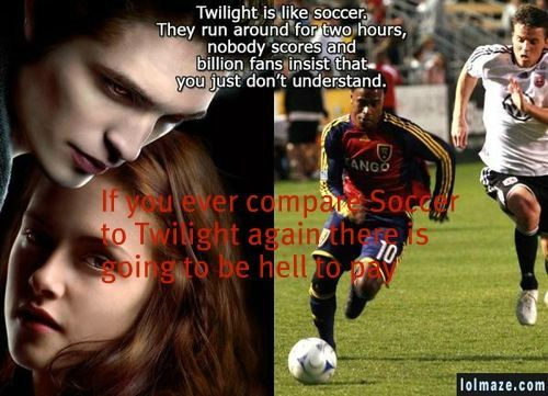 .Twilight Memes, Funny Things, Funny Pics, Pictures Twilight, Funny Pictures, Things Twilight, Funny Twilight, Soccer Life, Soccer Funny