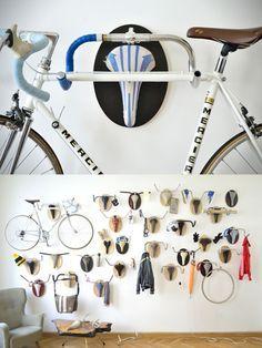 Andreas Scheiger - colgadores bicicletas antiguas