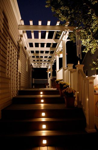 lights for deck stairs