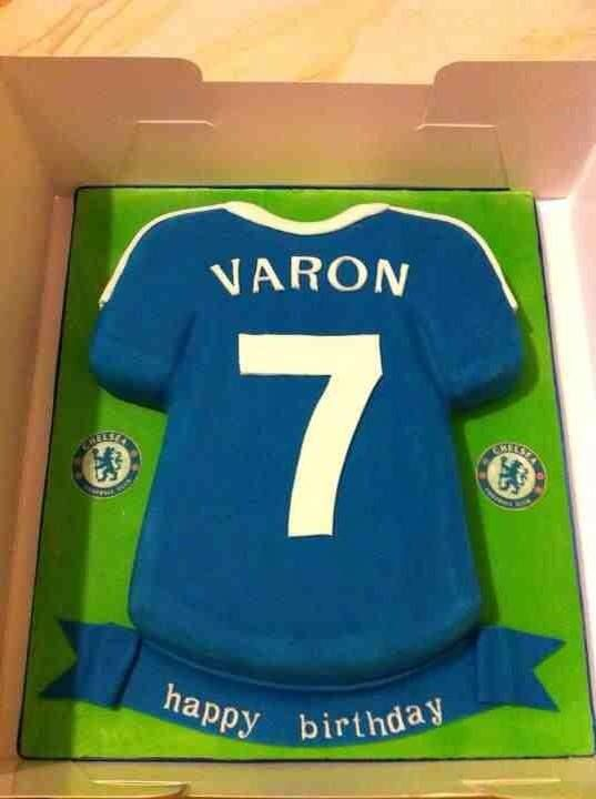 Cake Decorating Football Shirt : 30 best images about Football cake ideas on Pinterest