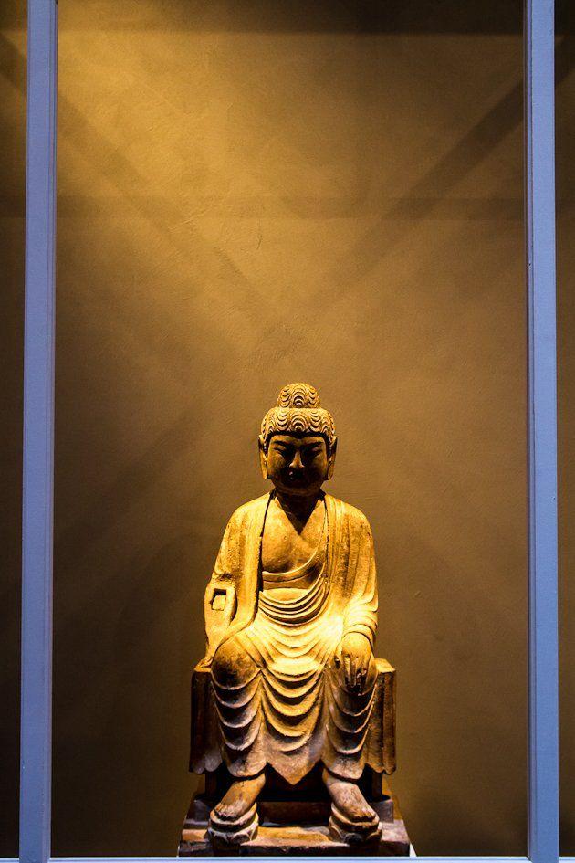 Die besten 25+ Statue of buddha Ideen auf Pinterest Buddha - wohnzimmer ideen buddha