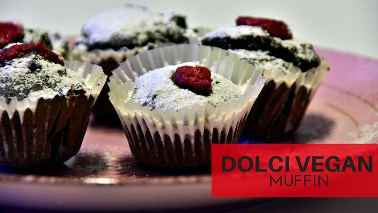 Muffin vegan (senza burro e uova) ai mirtilli. #muffin #vegan #recipe #mirtilli #video #youtube #blueberries #cupcakes #cake #dolci