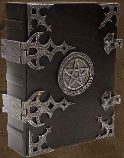 Keskiaikainen varjojen kirja