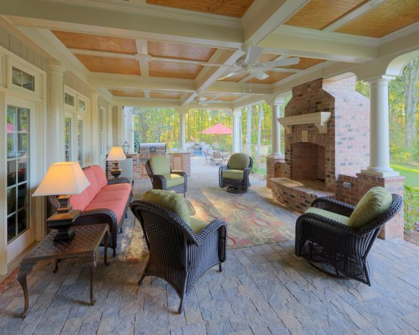Now this is my out door room!: Patio Idea, Covers Patio, Outdoor Rooms, Design Trends, Outdoor Living, Outdoor Patio, Back Porches, Outdoor Fireplaces, Outdoor Spaces