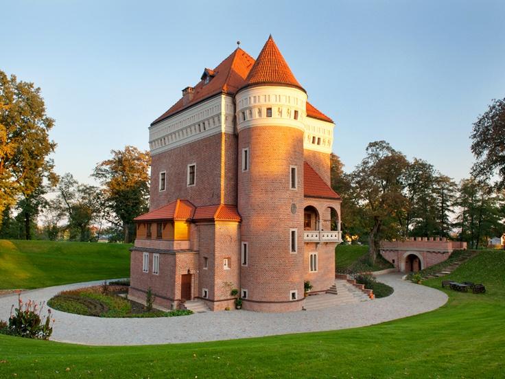 Zamek Rzemień Castle Rzemień - Poland