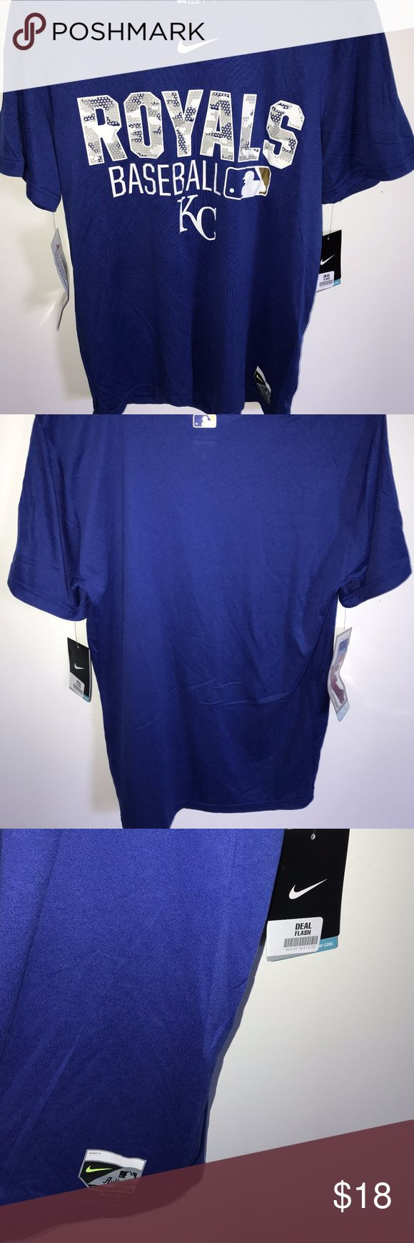 Mens Nike Kansas City Royals T-Shirt NWT-Small Mens Nike Kansas City Royals Authentic Collection Performance T-Shirt NWT-Small  Fit: Product runs true to size. For a looser fit we recommend ordering one size larger than you normally wear. Material: 100% P