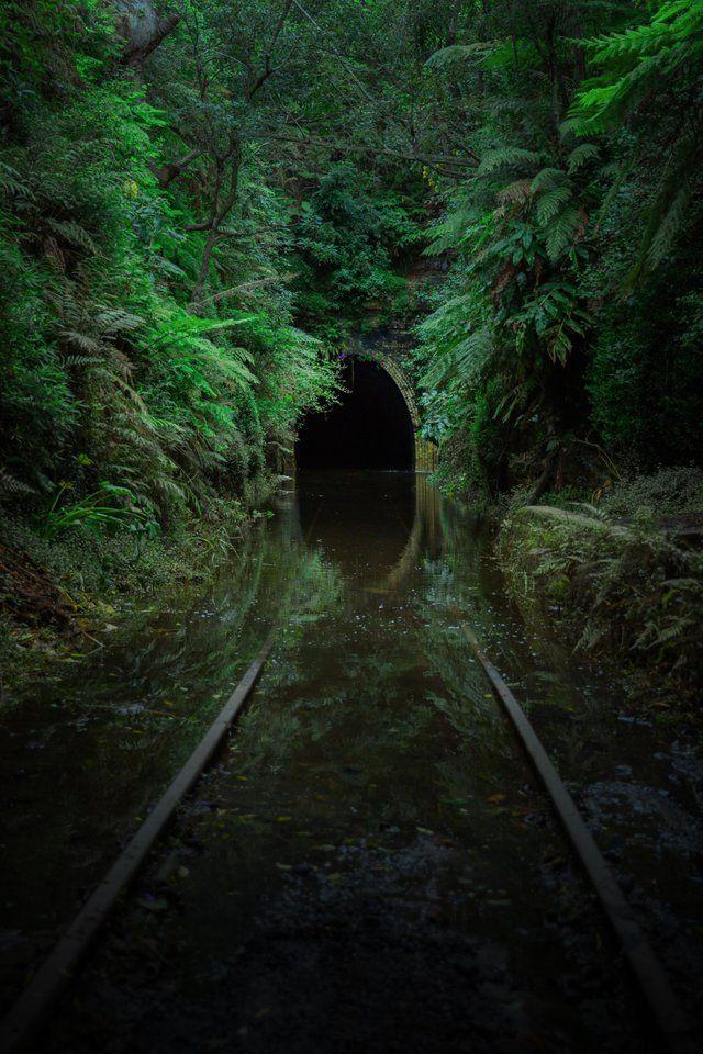 [OC] [3224×4836] The abandoned Helensburgh glow wo…