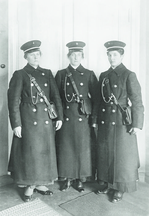 Finnish train conductresses, 1917. These ladies look like they took their jobs pretty seriously!