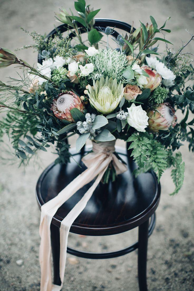 Australian wedding bouquet - photo by Figtree Wedding Photography http://ruffledblog/beautiful-outdoor-wedding-inspiration-from-australia