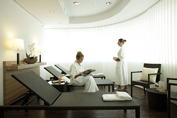 Wellnessbereich im H4 Hotel Berlin Alexanderplatz