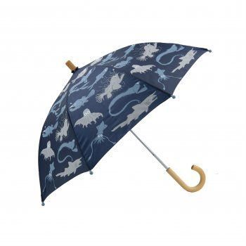 Rain, rain, don't go away, Hatley children's umbrellas are here to save the day!  Inspired by nature, this fun deep sea creatures children's umbrella is covered in creatures, and with Hatley's motto, to help children to see the bright side of grey rainy days, this Deep Sea Creature kids umbrella will ensure the rain does not bug your little soldier.  http://www.theumbrellashop.co.uk/kids-c29/hatley-deep-sea-creatures-childrens-umbrella-in-blue-p403