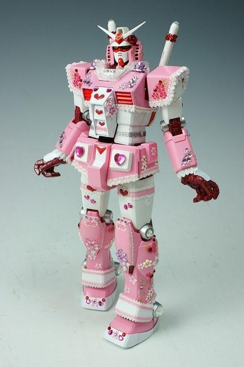 Pink GUNDAM - ピンク デコ ガンダム フィギュア