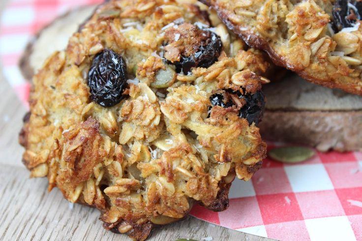 Recept voor cranberrykoeken. Heerlijk recept voor een suikervrij ontbijt met haver en cranberry's. Past binnen voedselzandloper en paleo leefstijl.
