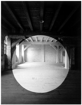 Georges Rousse paints geometric shapes in abandoned places and photographs them creating intriguing optical illusions.