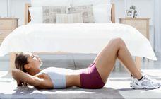 Flacher Bauch in nur 8 Minuten! Schnelles Bauch-Workout - In 6 Wochen machen wir dich fit! Alle Fitness-Videos, sowie Tipps rund um Ernährung und Sport, findest du im großen Fitness-Special go FIT mit gofeminin. Hier...