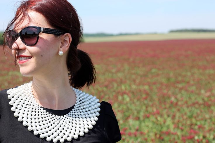 Summer look, black and white, dolka dot skirt, midi skirt, black shirt, pearl necklace