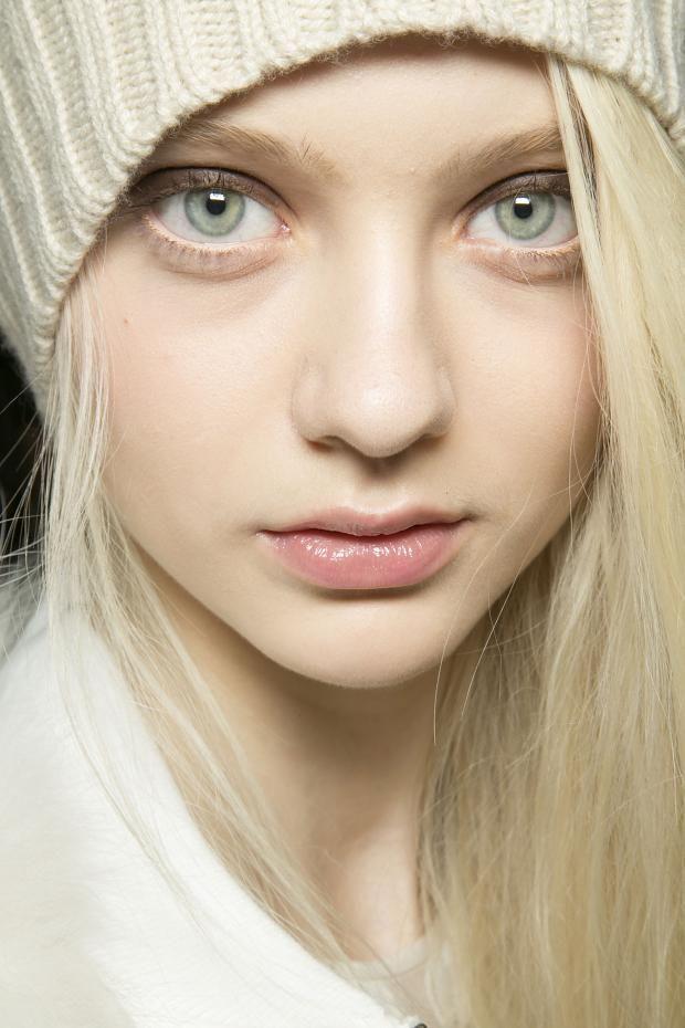(Changing Jess's faceclaim to Nastya Kusakina. Imagine she has the yellow eyes. ^.^)