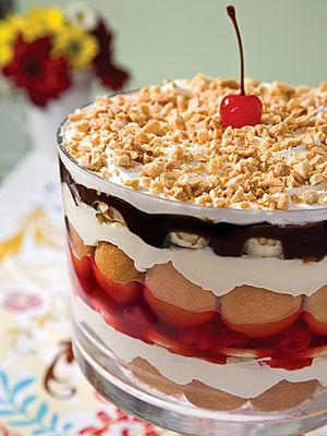 In a large bowl, combine milk and pudding mix, whisking for 2 minutes, or until thickened.