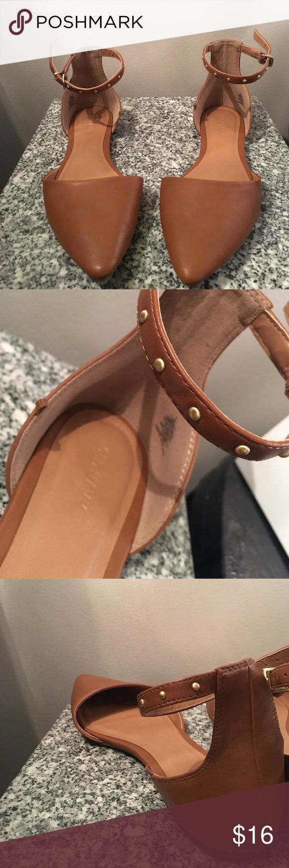 NEVER WORN Brown Flats with ankle strap! Brown Flats | Ankle Strap | Old Navy | NEVER WORN | Size 9 Old Navy Shoes Flats & Loafers