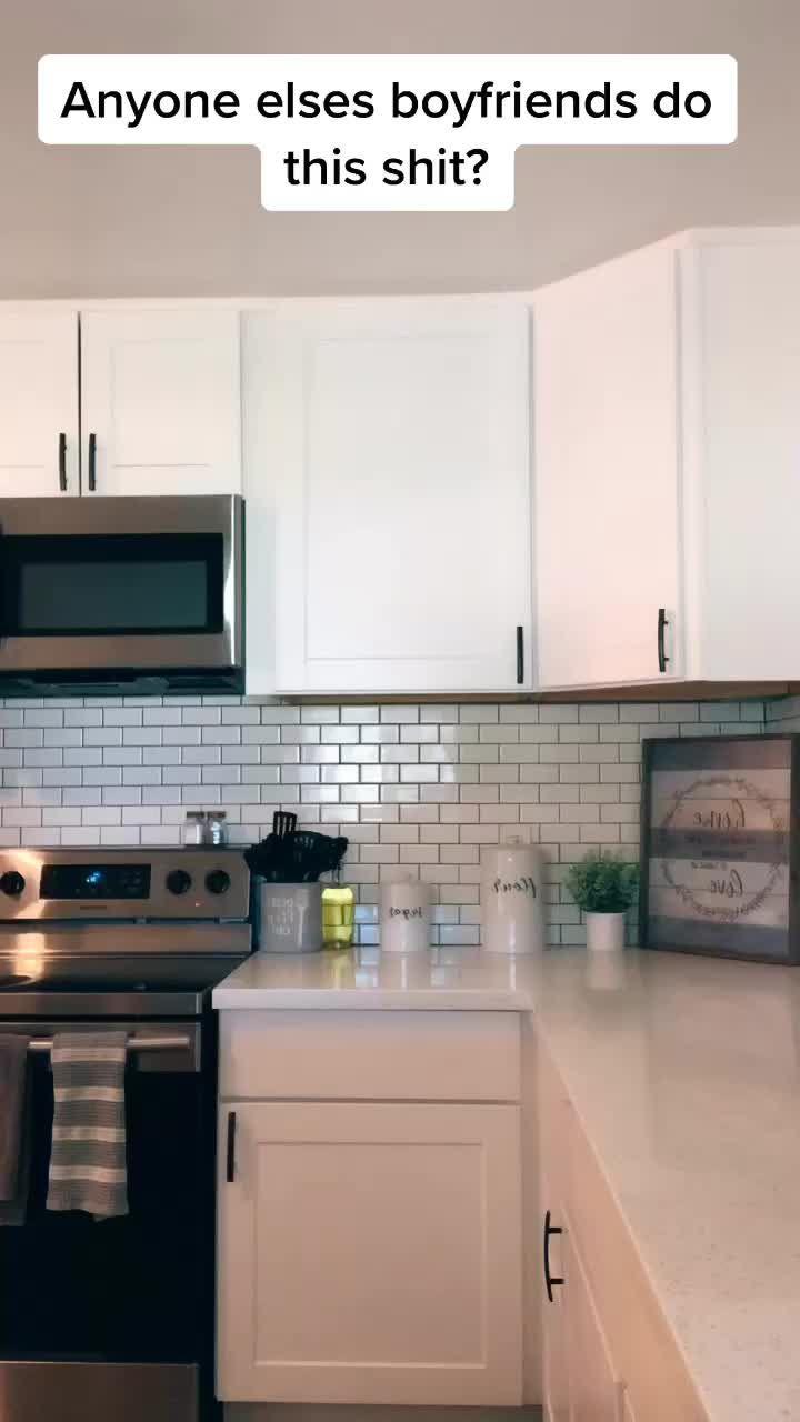 Pin By Jennifer On Want To Watch Kitchen Kitchen Cabinets Home Decor