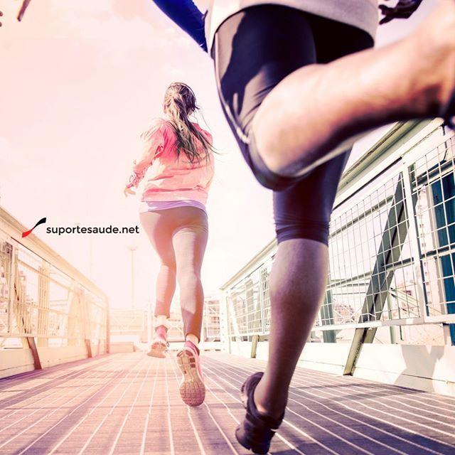 Caminhada, trote e corrida: 3 elementos importantes da atividade física  Caminhada: Pode ser praticada em qualquer lugar e é uma etapa fundamental dentro do programa. Ela proporciona condicionamento cardiovascular, promove a tonicidade dos membros inferiores e de parte do abdomen.  Trote: É classificado como uma corrida lenta, uma evolução da caminhada, é uma espécie de preparação para se alcançar maiores velocidades.  Corrida: Ela pode ser entendida como um trote mais acelerado em que a…