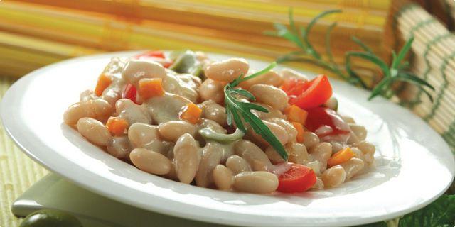 Míchaný salát s fazolemi. Recepty — Podravka   S Podravkou chutná lépe