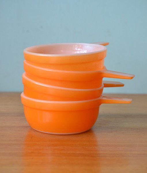 Vintage Pyrex  Crown ramekins orange  x 4 bowls dish