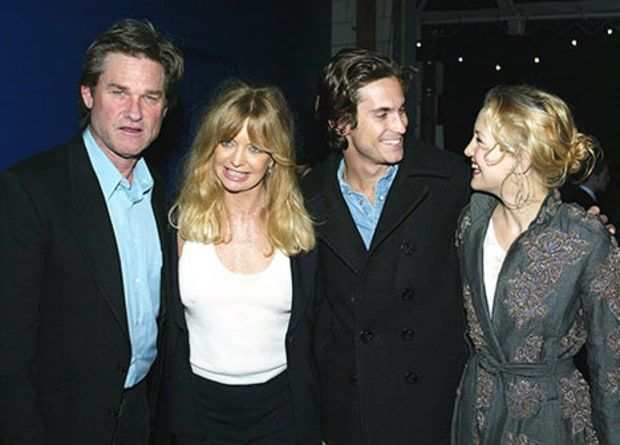 Kurt Russell, Goldie Hawn, Oliver Hudson and his sister Kate Hudson