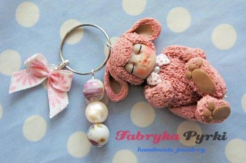 Biżuteria handmade / Handmade jewellery http://qukeria.pl/?p=805  źródło zdjęcia: http://fabrykapyrki.blogspot.com/