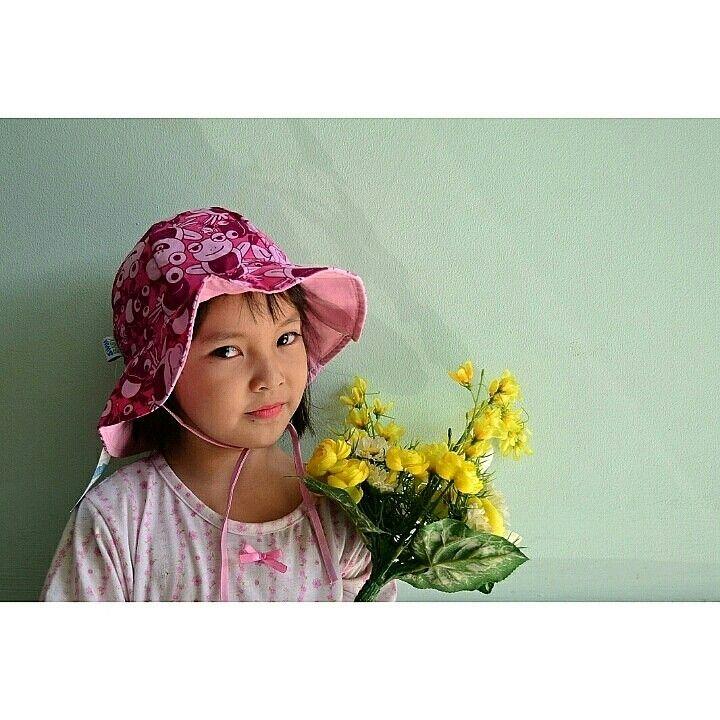 Sun hat hopping  holly Brand : My Swim baby Rp. 125.000  Uk : L (18-36 bulan) 100% polyester