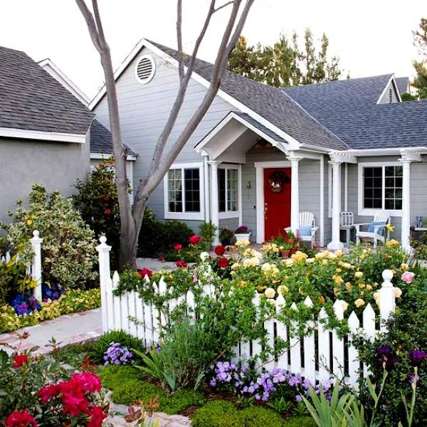 50 Best Front Yard Landscaping Ideas And Garden Designs: Best 25+ Small Front Yard Landscaping Ideas On Pinterest