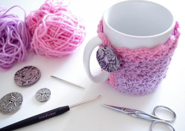 DIY Cozy Mug Cover ou le couvre tasse confortable au crochet by CocoFlower - www.cocoflower.net