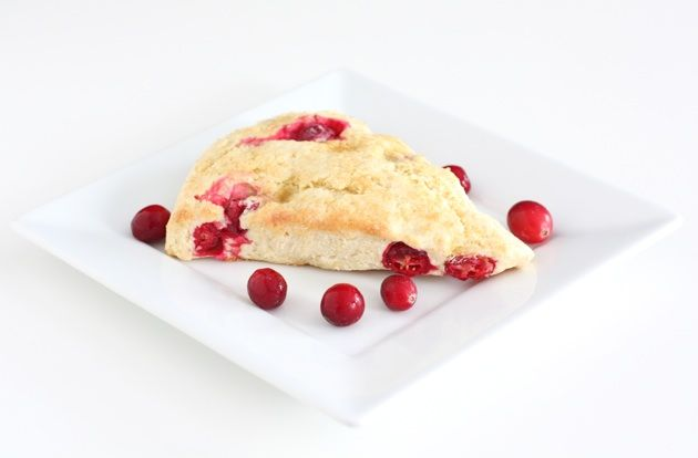 fresh-cranberry-scones... yum! This would be a good Christmas morning recipe!!!
