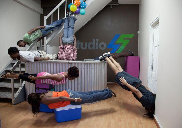 Тренировка в группе:  Планка стальной пресс Training in the group: how t...