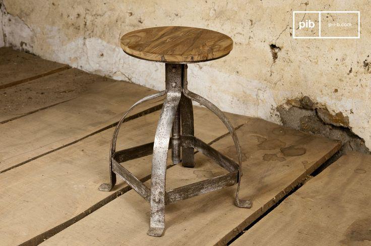 Sgabello industriale Lateque e molti altri sgabelli da scoprire su PIB, lo specialista in arredamenti, illuminazioni e decorazioni vintage.