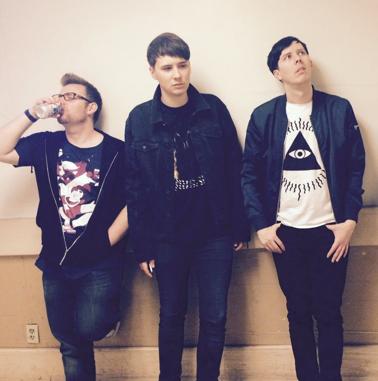 And busy weekend 5: Inspired by all the music at #vidcon Dan, Phil and TomSka form an indie band. Name suggestions?