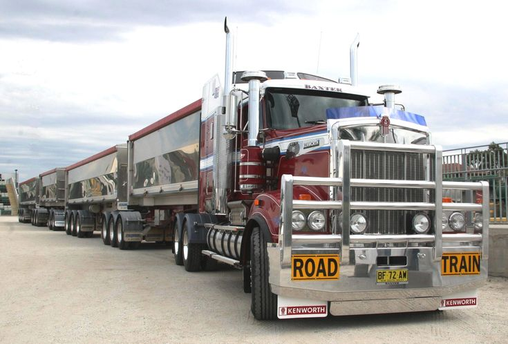 australian trucks - Kenworth Road Train