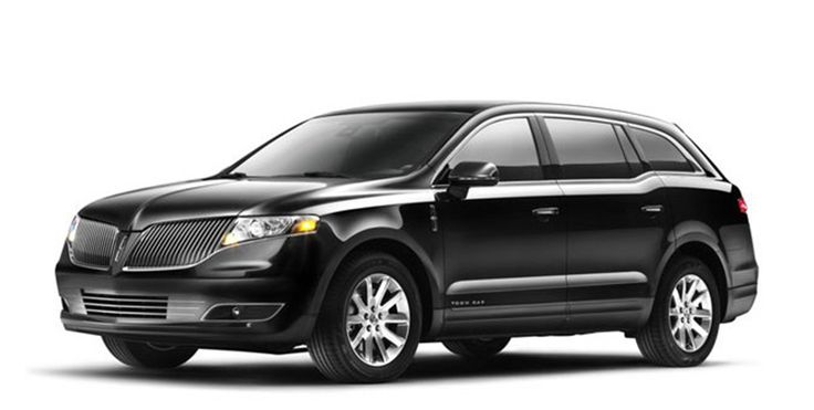 Experience comfort and elegance using our premier town car service Chicago. Perfect for airport travel, corporate transportation, or any occasion.To book this vehicle please call 847-701-4848.