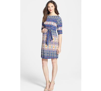 Getting in the mood for fall with this maternity dress by @leotanewyork