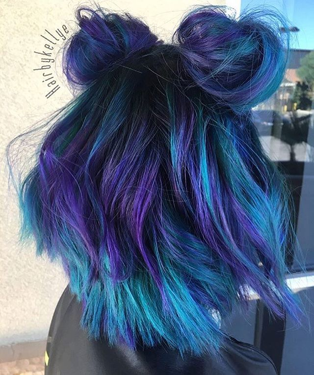 So vibrant! @hairbykellye is the artist… Pulp Riot is the paint.