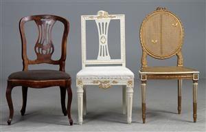 Vare: 2982934To Louis Seize-form stole samt antik stol (3)
