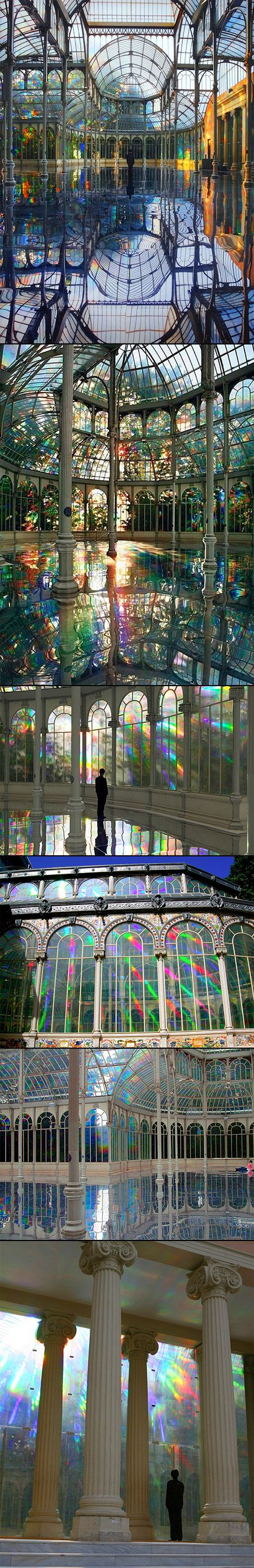 Palacio de Cristal (EN: Crystal Palace), 1887 Parque del Retiro, Madrid. Photo by José Luis Municio and Jaeho Chong (Kimsooja - To Breathe - A Mirror Woman, 2006)