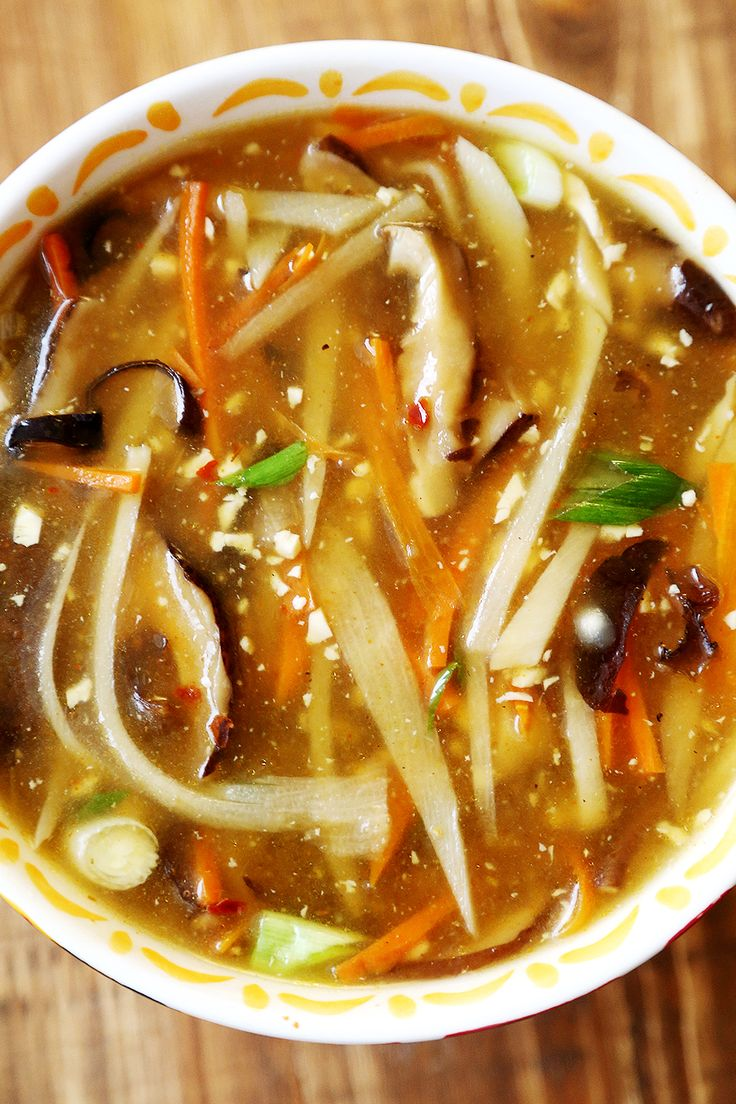 Restaurant Style Chinese Hot and Sour Soup (Vegan