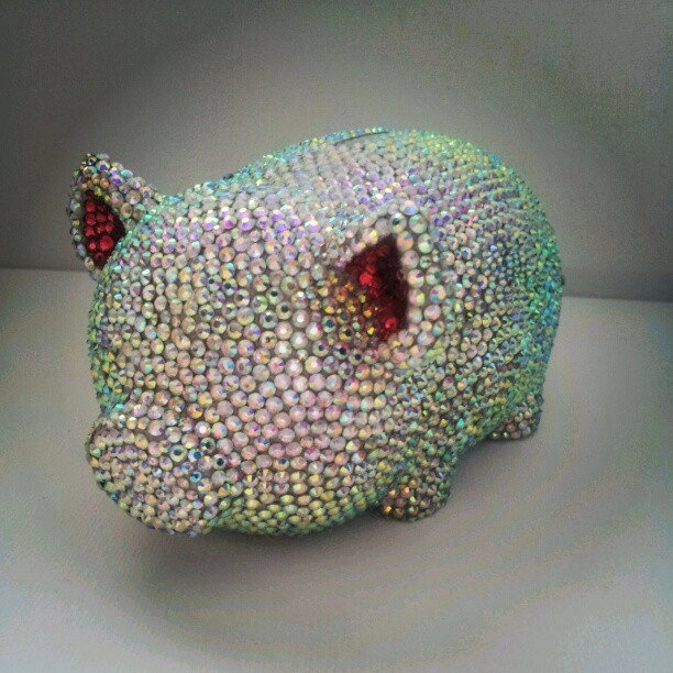 Bling e bank piggy bank etsy the fabulous fashion finder pinterest piglets all things - Rhinestone piggy bank ...