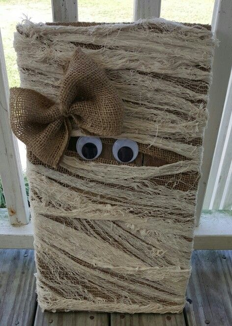 My pallet mummy... to cute.. More