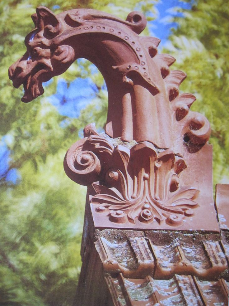 Roof finial