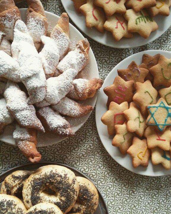 pesach, żydowskie jedzonko, tydzień azjatycki: rogaliki, maca, ciastka hebraistyka