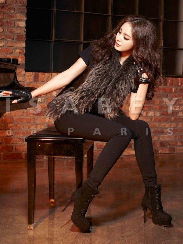 Kim Tae Hee | Actress - http://www.luckypost.com/kim-tae-hee-actress-54/