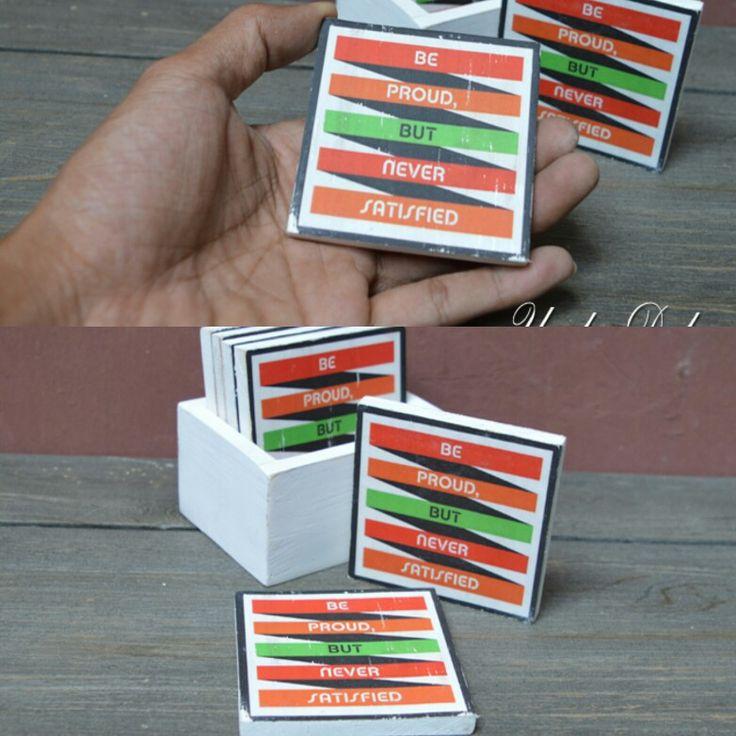 Wood coaster alias tatakan gelas unik. Bahan kayu pinus dengan sistem transfer printing #unikedekor #woodcoaster #dekorasirumah